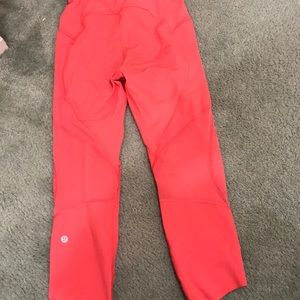 lululemon athletica Pants - Lululemon size 6 Capri leggings